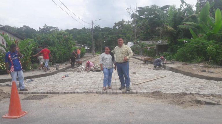 Gestión para adoquinado de calles en la cabecera parroquial