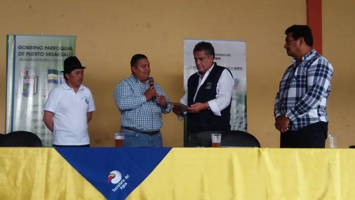 Entrega a Ecuador Estratégico E.P.  del proyecto y viabilidad técnica del proyecto  de agua para la cabecera parroquial y varias comunidades- Octubre 2018
